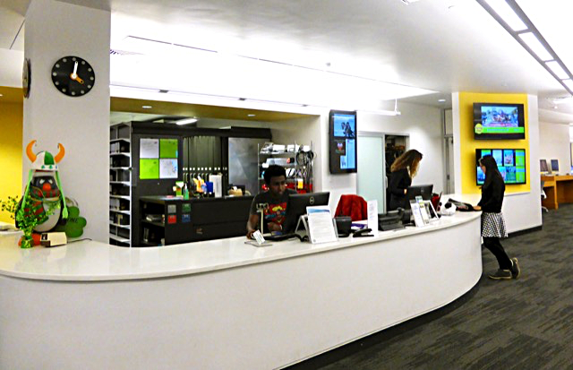 photo of JMC Front Desk